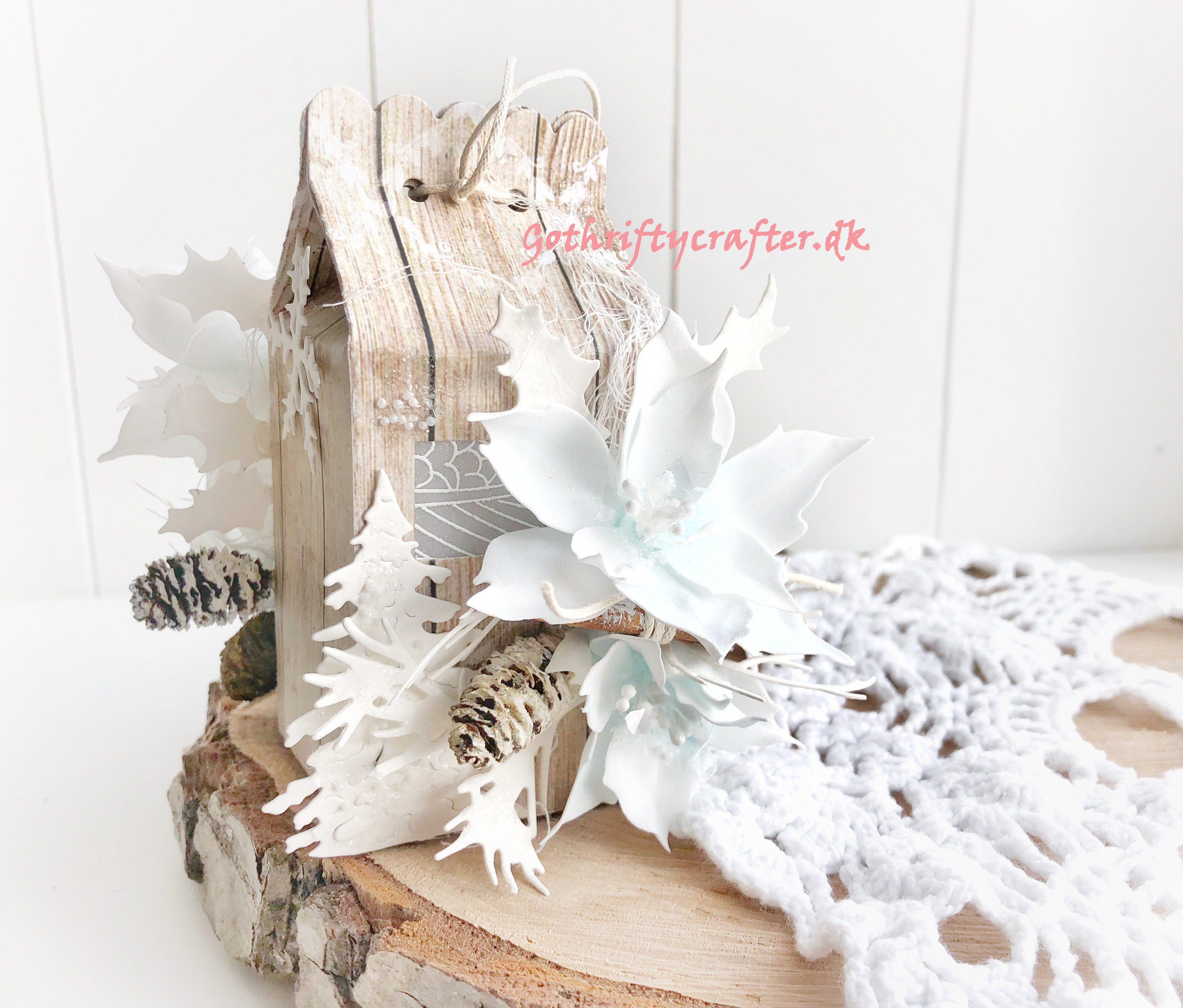 Gothriftycrafter Fabrika Decoru winter white snow foamiran flowers cinamon crystal wood house Christmas New year treeJPG
