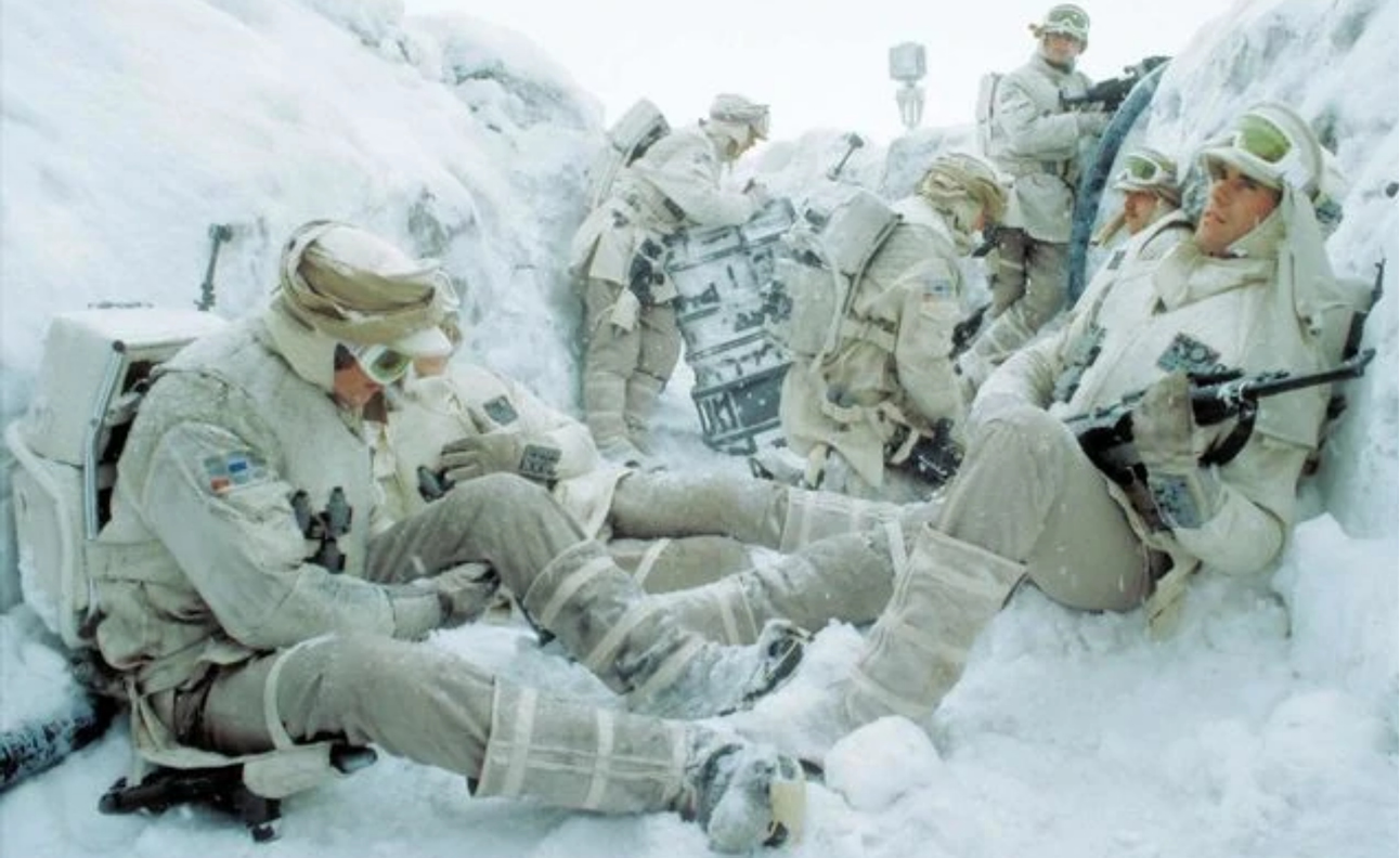 Hoth troopers waitingjpg