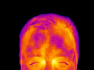 IR foto af mand med stressjpg