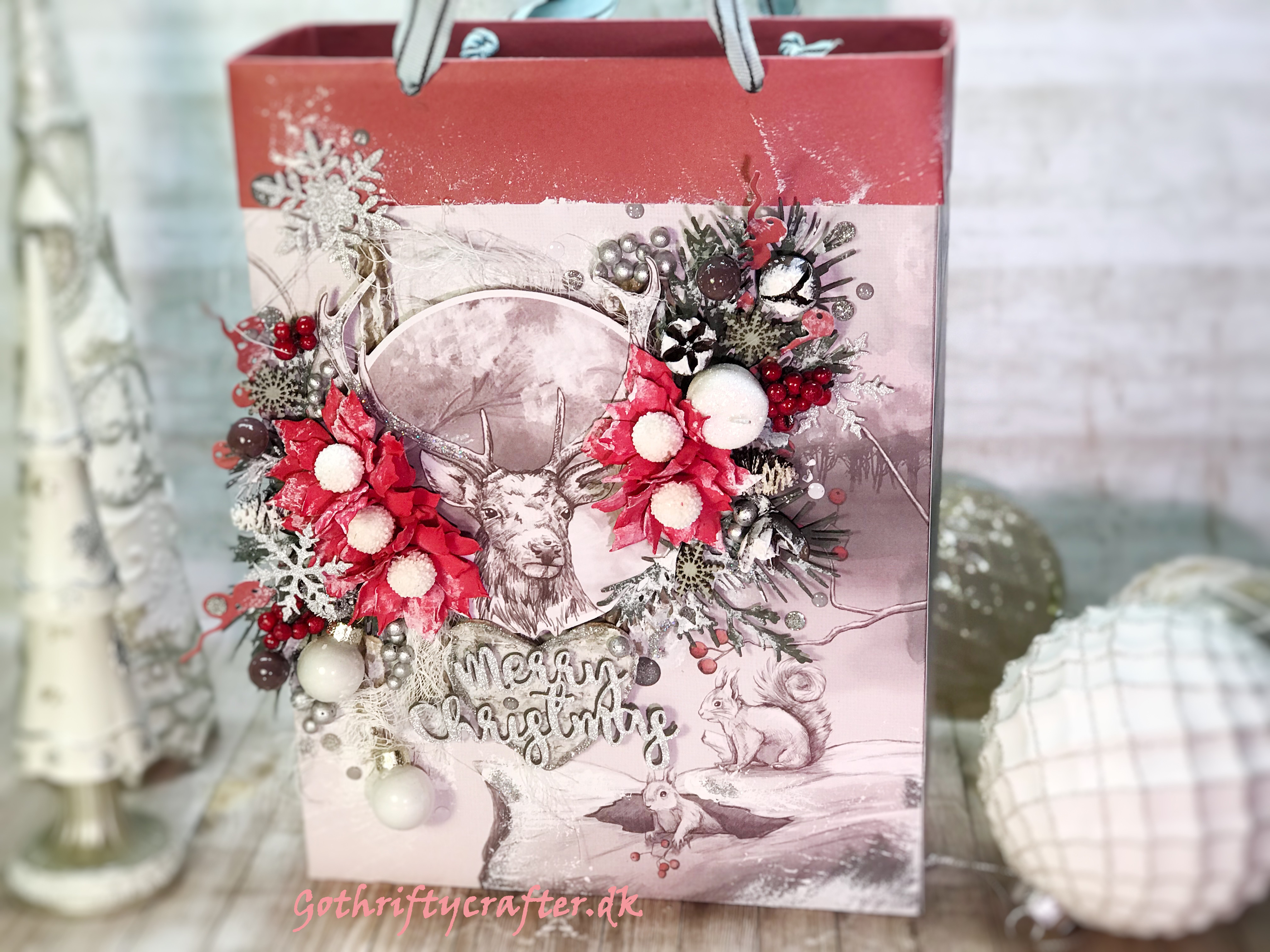 GoThriftycrafter Fabrika Decoru mixed media xmas winter snow gift bag poinsettia deerjpg