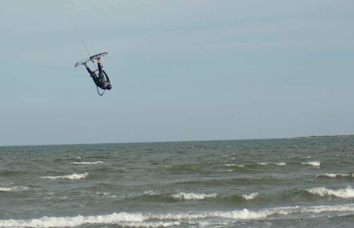 You can ride up wind and would like to start jumping or develop new tricks. I can help you.