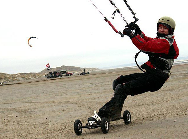 Kite landboarding is a lot of fun and easier to learn than kitesurfing.